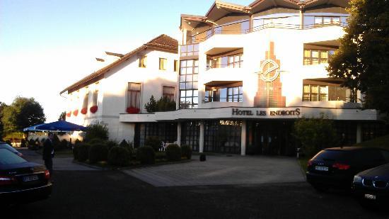 Grand Hotel Les Endroits: Sunrise