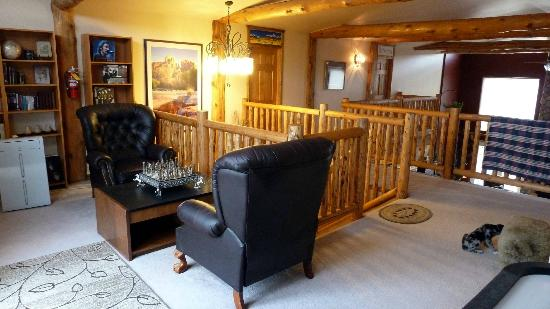 Mountain Goat Lodge: Lounge