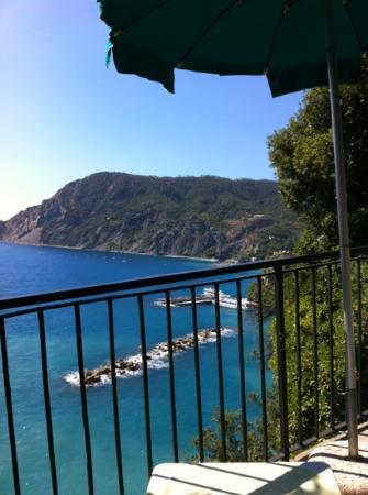Hotel Porto Roca: view from bar
