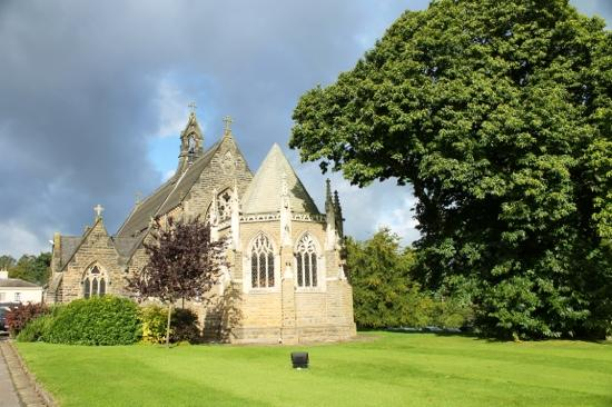 Rudding Park Hotel: lovely Church