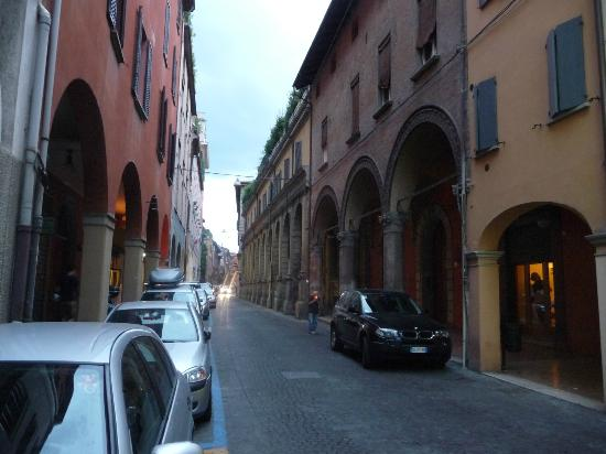 Hotel Albergo Atlantic: Street view in front of the hotel