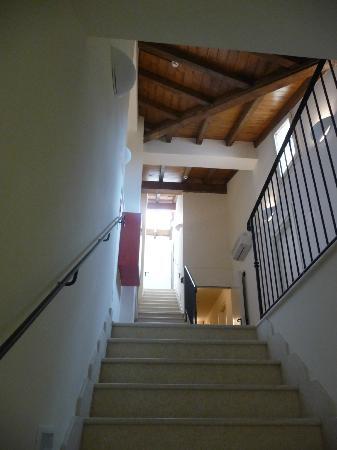 Hotel Albergo Atlantic: Stairway