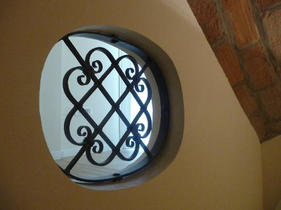 Hotel Albergo Atlantic: Detail in the stairway