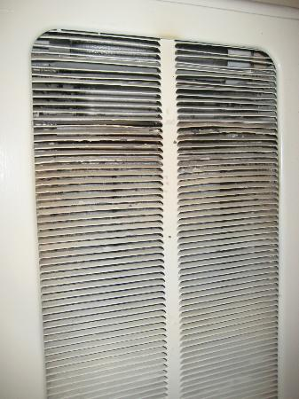 Big Pines Mountain House of Tahoe: close up picture of wall heater