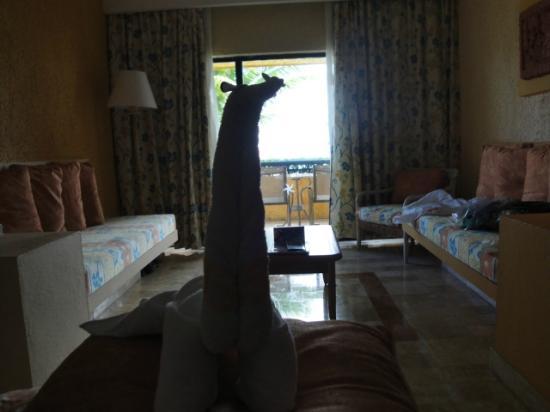 Iberostar Quetzal Playacar: suricata de toallon