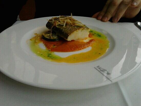 Restaurante El Corregidor: bacalao con crema de pimientos