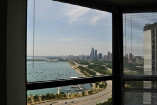 ‪‪Manilow Suites At North Harbor Tower‬: Grant Park View