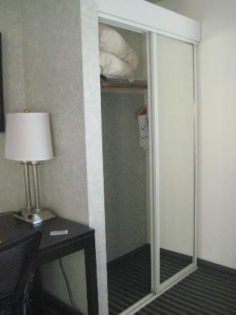 Ocean Pacific Lodge: closet, lamp with plug for chargers
