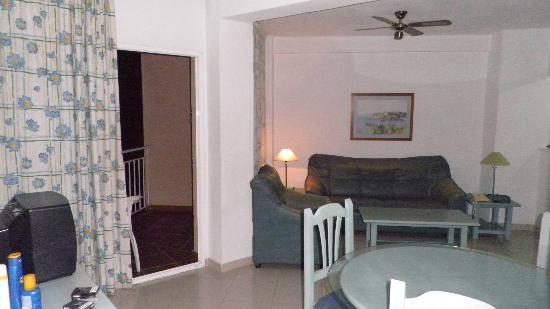 El Velero Apartments: 16