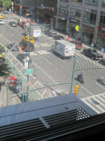 Econo Lodge Times Square: The reason for the noise