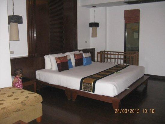 Railay Village Resort: bed