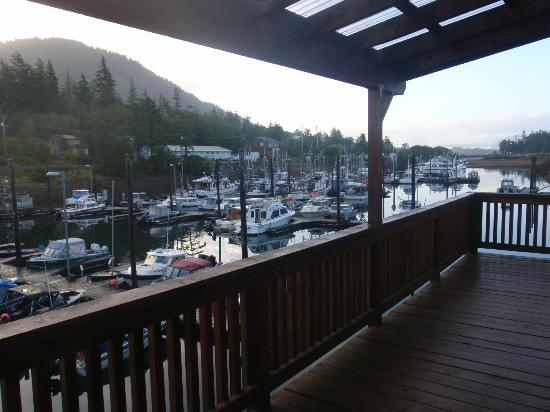 Blue Heron Inn: The deck