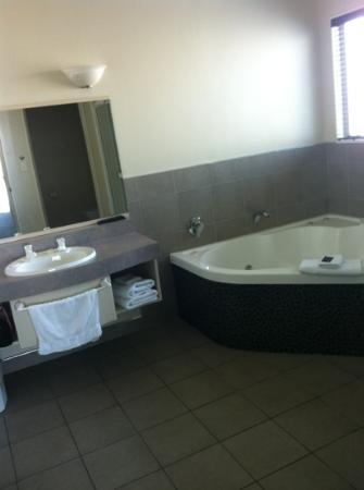 โฮมสเตด วิลลา โมเต็ล: bathroom