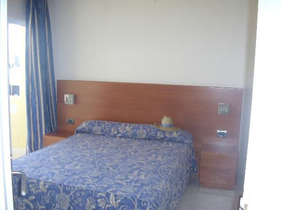 Marino Tenerife: room 2
