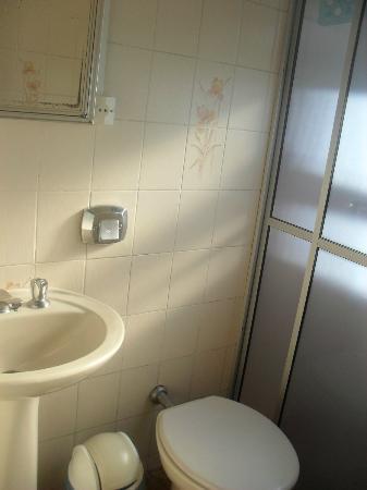 Hotel Flor Foz: banheiro.