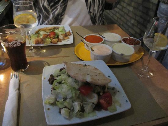Pita Huis: Delicious Food and Sauces
