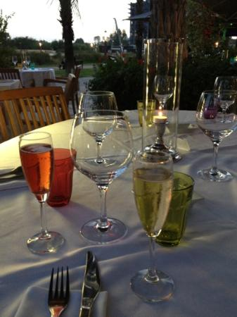 Le Sequoia : Elegant riverside dining