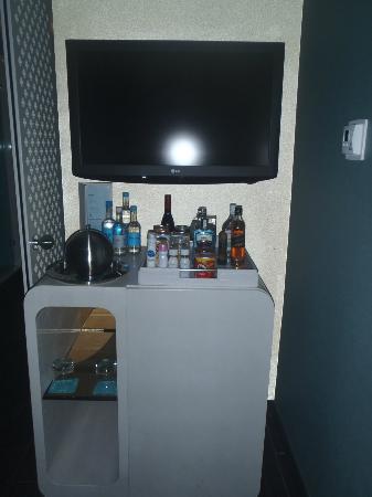 Dream South Beach: Mini Bar