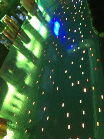 Aloft Asheville Downtown: led lights in the bar