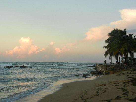 Coqui del Mar Guest House: Sunset near Coqui del Mar