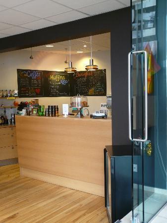 Reykjavik Downtown Hostel: Cafeteria
