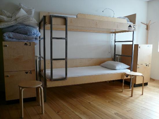 Reykjavik Downtown HI Hostel: Dorm