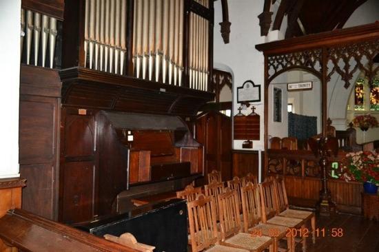 Holy Trinity Church - Nuwara Eliya- Piped organ