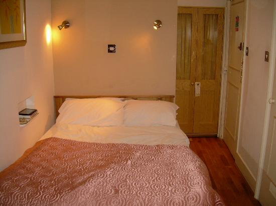Harlingford Hotel: superior single room