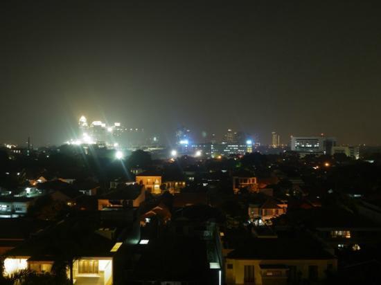 Hotel Gran Mahakam Jakarta: 部屋からの夜景
