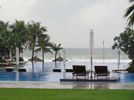 Vinpearl Da Nang Resort & Villas: View from ground flr