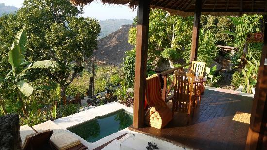 Twin Island Villas Dive Resort