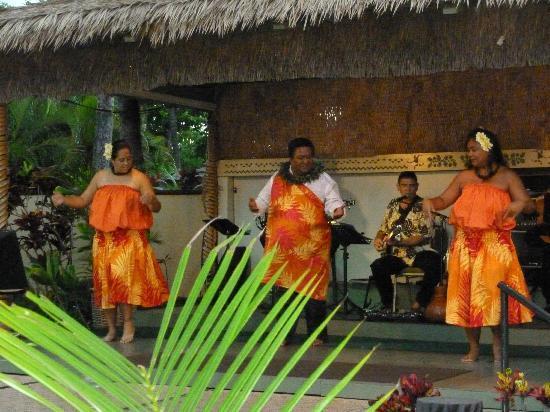 Kaanapali Beach Hotel: free hula show