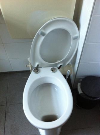 Amsterdam Hostel Uptown: toilette
