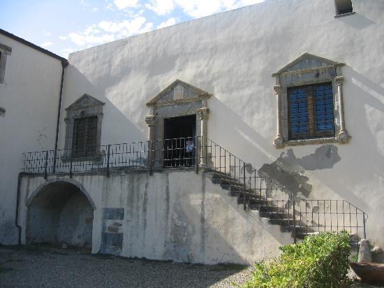 Casa zapata picture of casa zapata museum barumini for Villas zapata