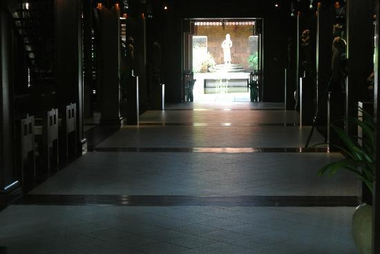 Belmond La Résidence d'Angkor: フロントロビー