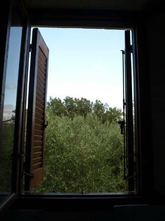 Elounda Island Villas: the kitchen window