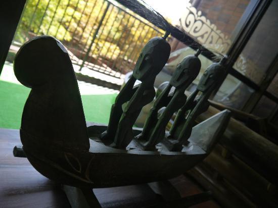 Anda Resort Izukogen : ロビーの置物