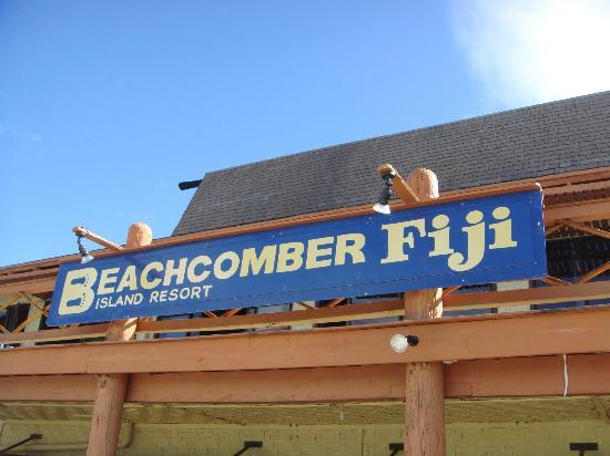 Beachcomber Island Resort: main facility