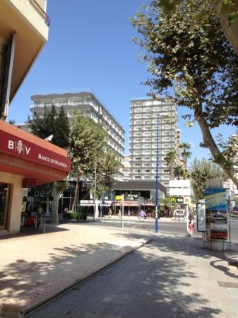 Belroy Hotel: outside front