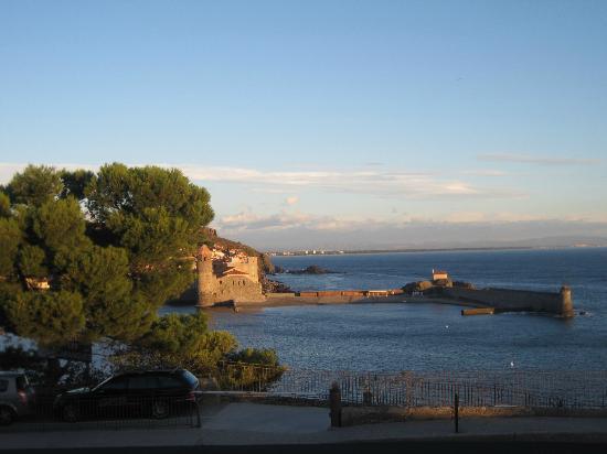 Pierre et Vacances Residence Les Balcons de Collioure : vue de notre balcon