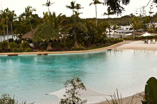 InterContinental Sanctuary Cove Resort: Lagoon beach swimming pool