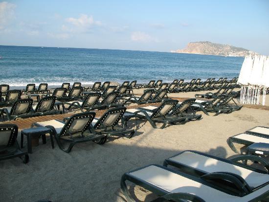 Diamond Hill Resort & Spa: Beach