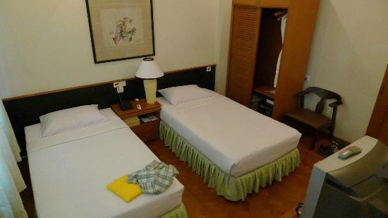 Mandalay City Hotel: Superior twin