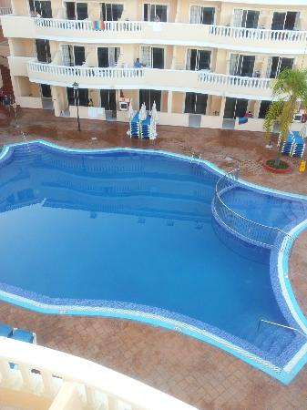 IBH Hotel Bahia Flamingo: Swimming