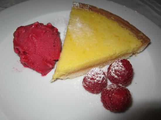 Manor Hill House: Pudding- Yum!! Lemon Tart and fresh raspberry sorbet.
