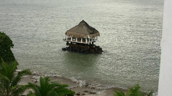 Secrets Playa Bonita Panama Resort & Spa: Odd house off beach at resort at high tide