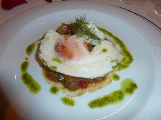 Valentin Imperial Maya: French Restaurant