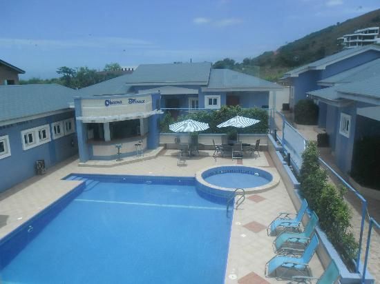 De Holiday Beach Hotel: This is view of hotel pool from staircase to games room