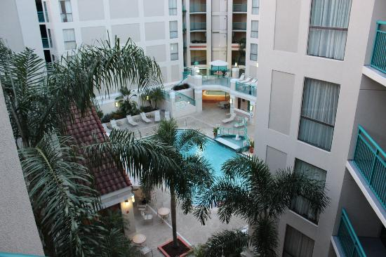 Sonesta ES Suites Orlando - International Drive: POOL AREA