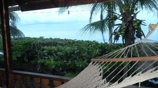 Jenny's Cabinas : Hammock and private balcony